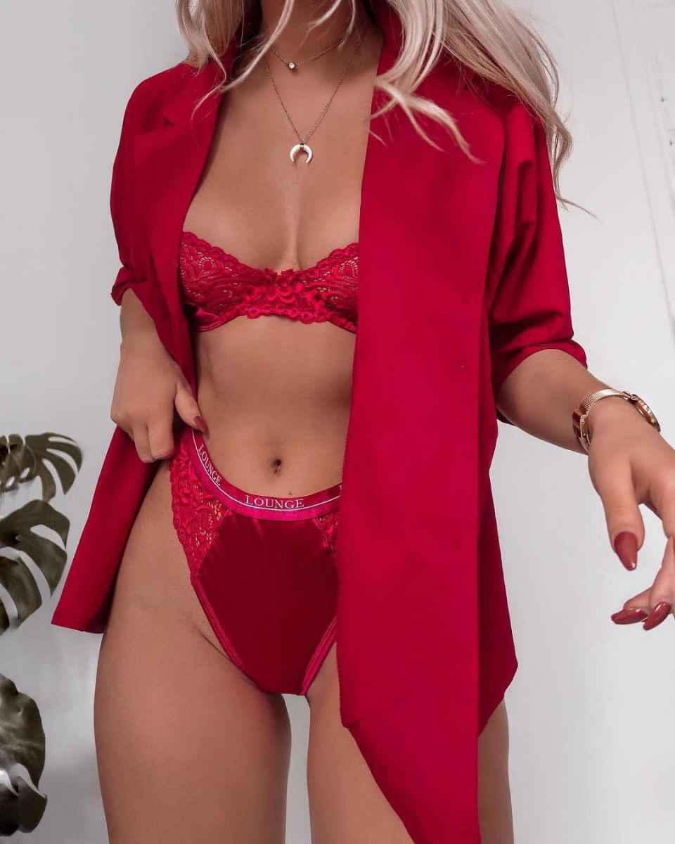 Красивое красное женское белье фото_18