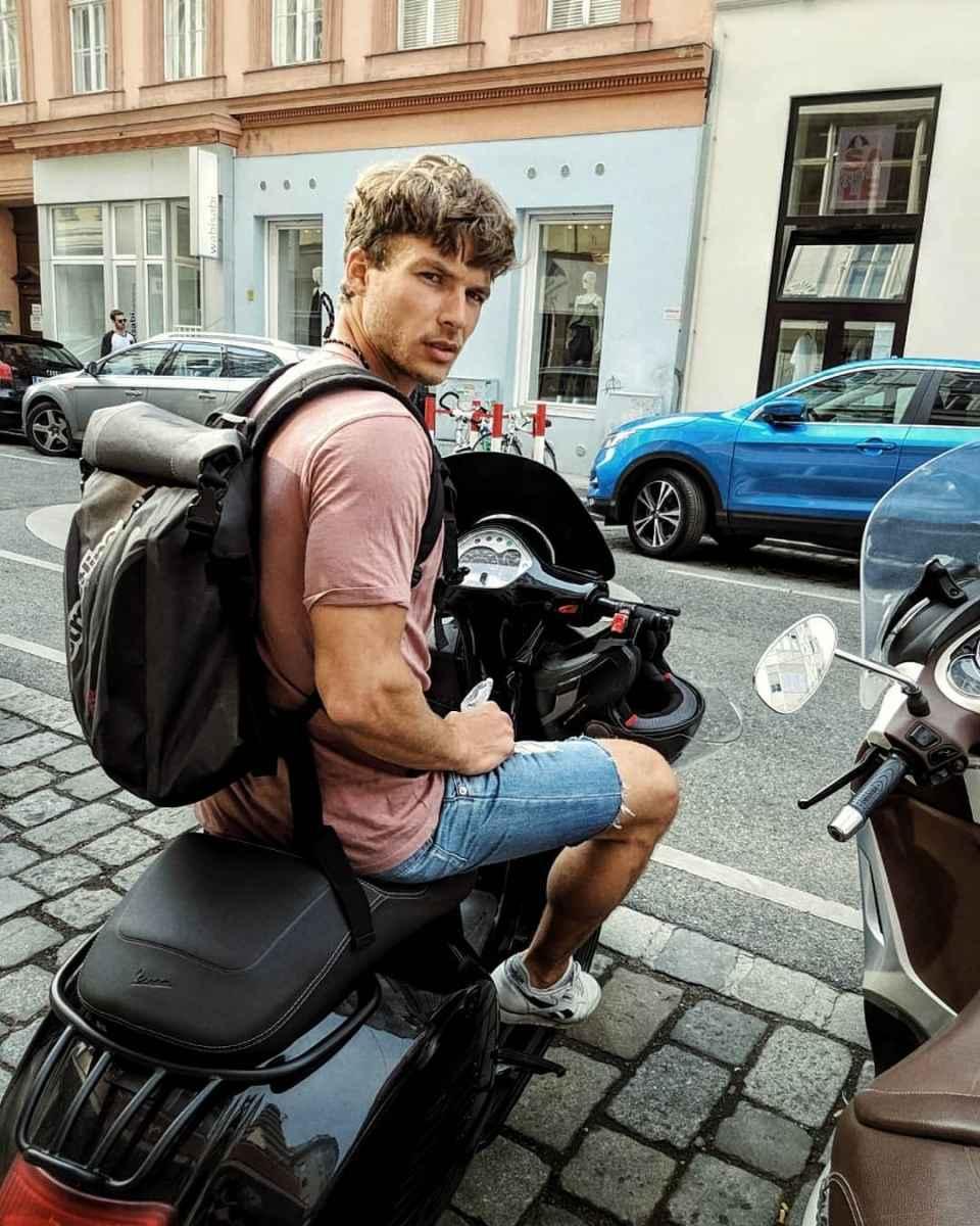 Модные мужские сумки 2019 фото_13