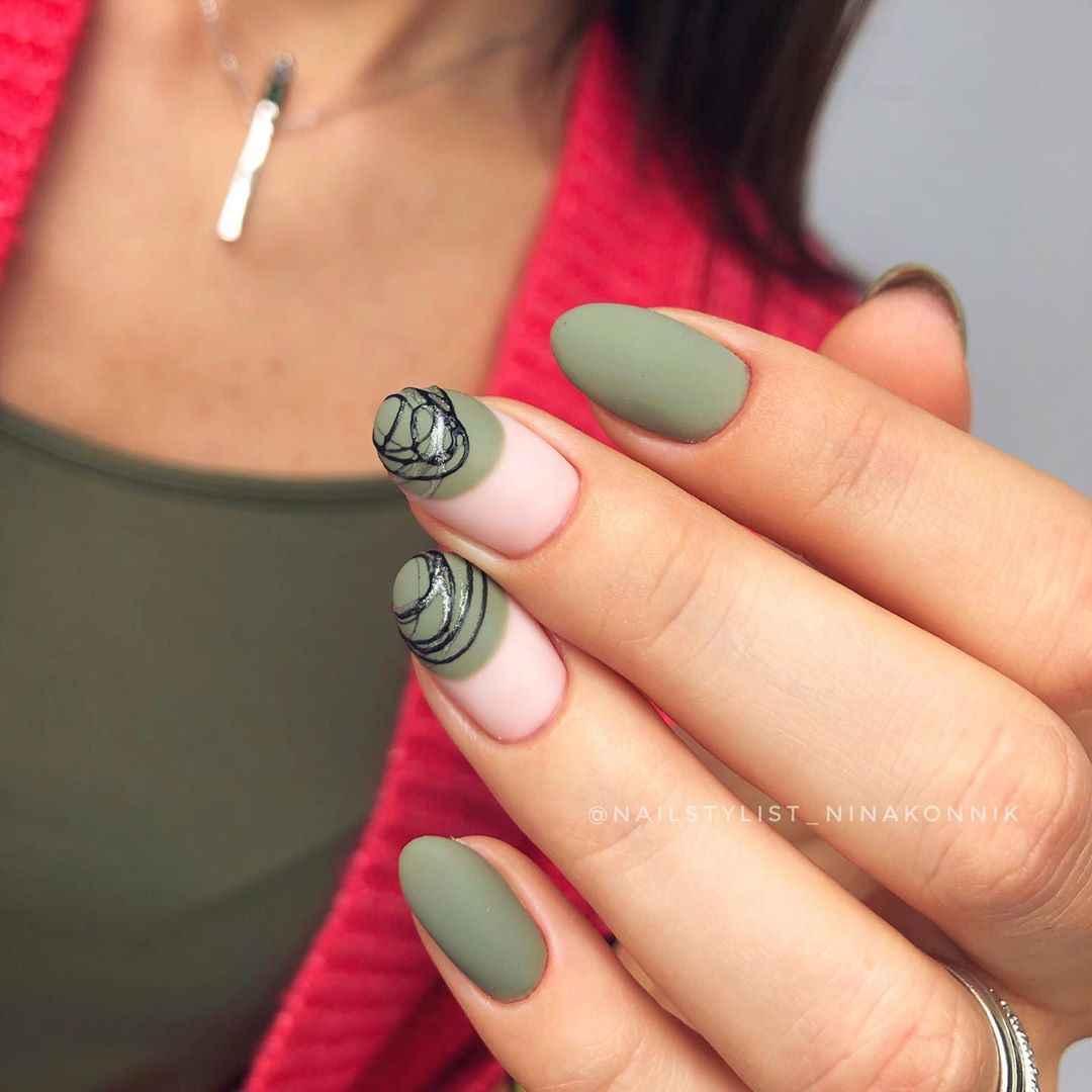 Маникюр паутинка на короткие ногти фото_57