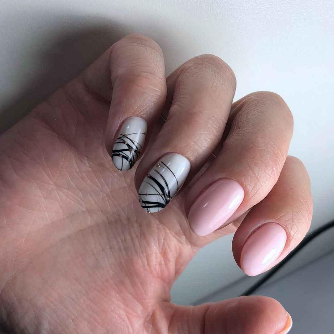 Маникюр паутинка на короткие ногти фото_13