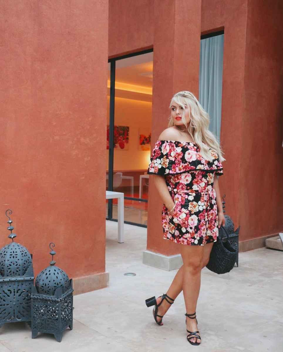 Мода для полных женщин лето 2019 фото идеи_31