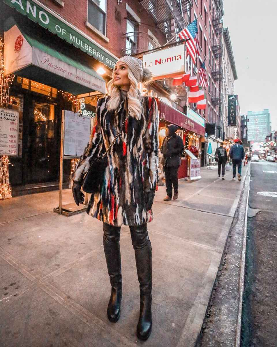Модная верхняя одежда осень-зима 2019-2020 для женщин 30-40 лет фото_12