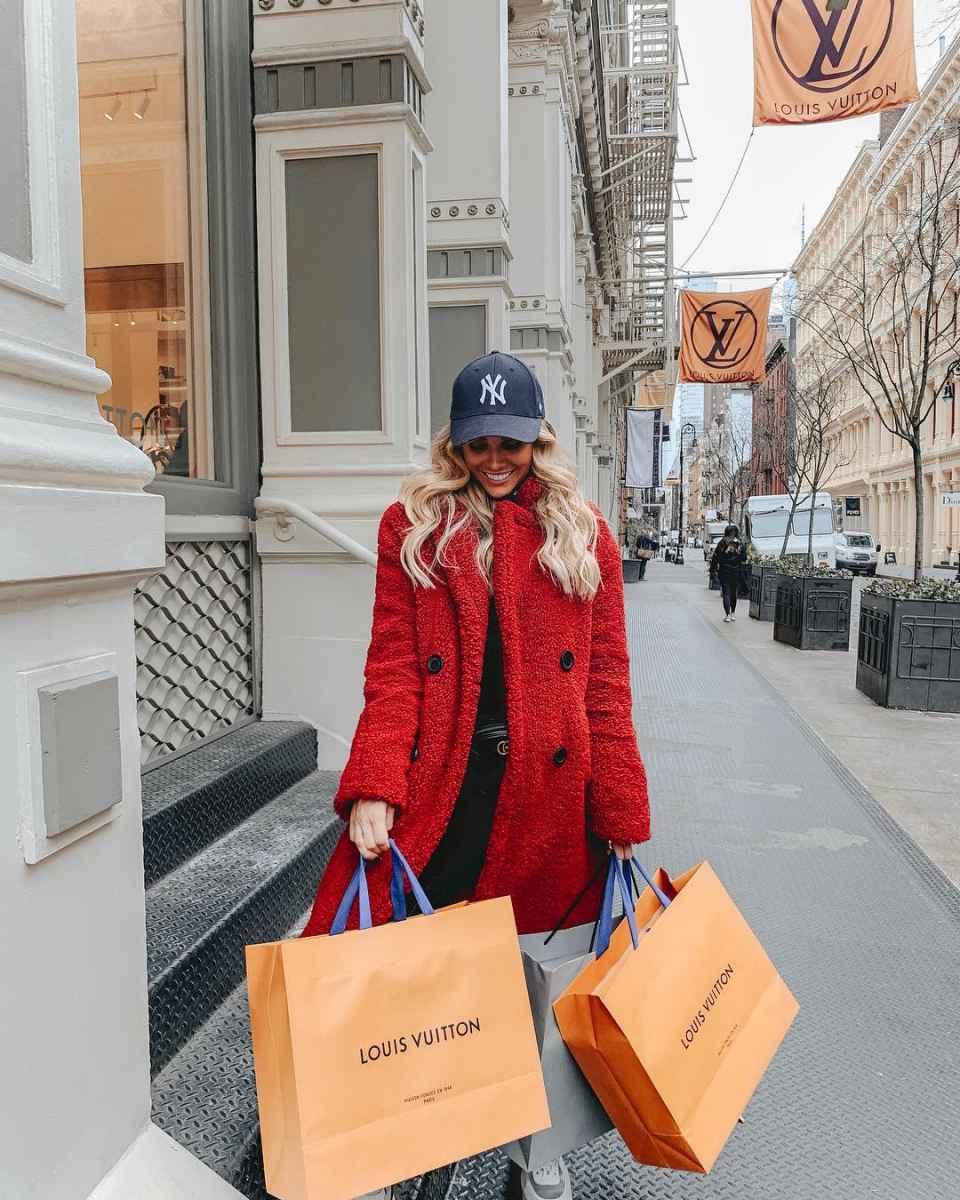 Модная верхняя одежда осень-зима 2019-2020 для женщин 30-40 лет фото_3