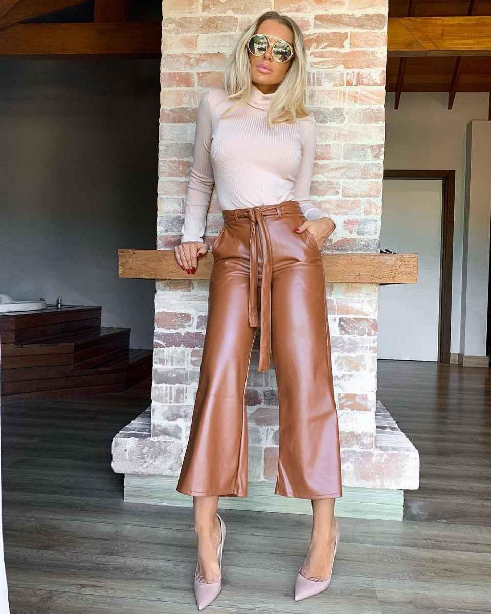 Модные брюкиосень-зима 2019-2020 для женщин 30-40 лет фото_14