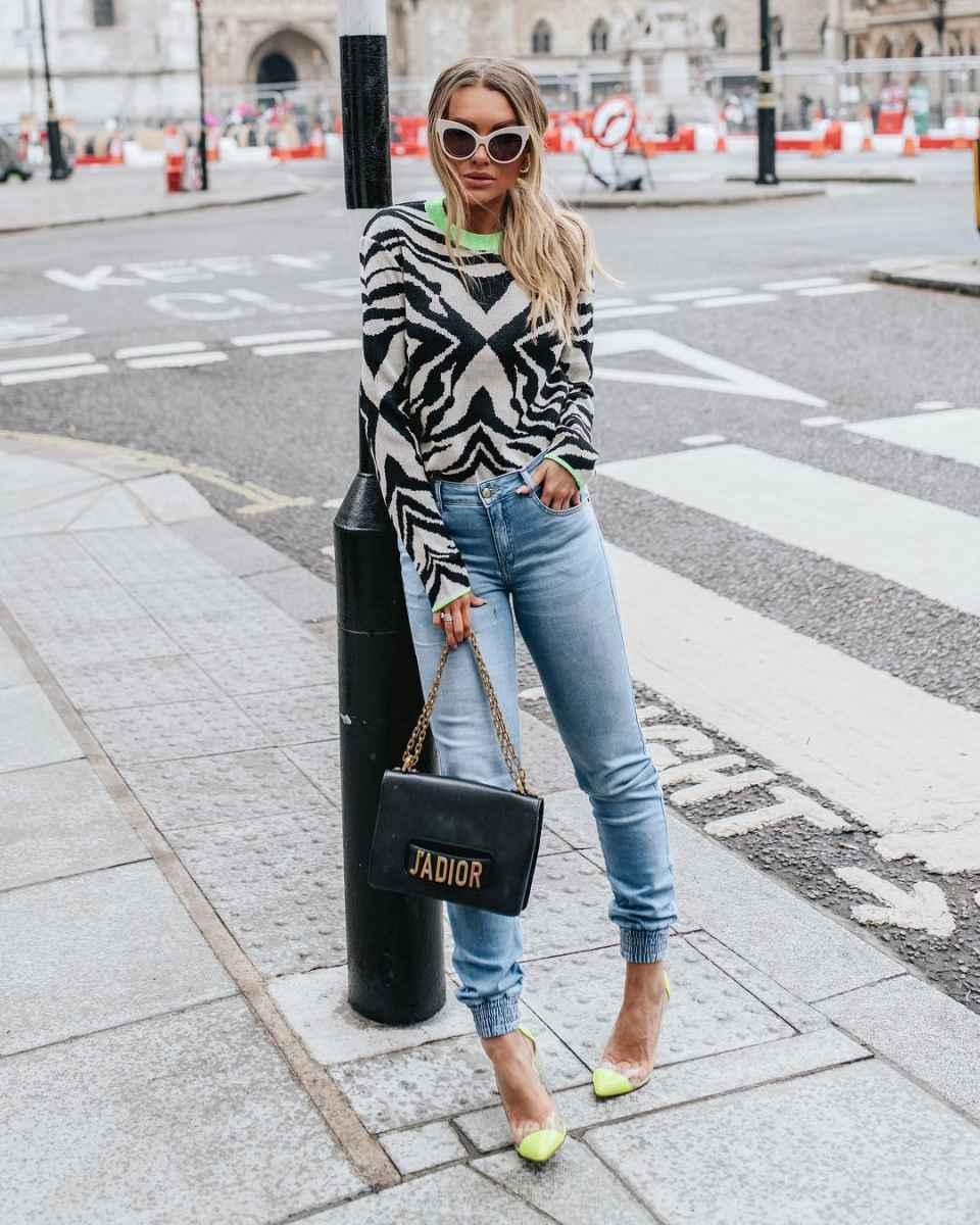 Модные джинсыосень-зима 2019-2020 для женщин 30-40 лет фото_2