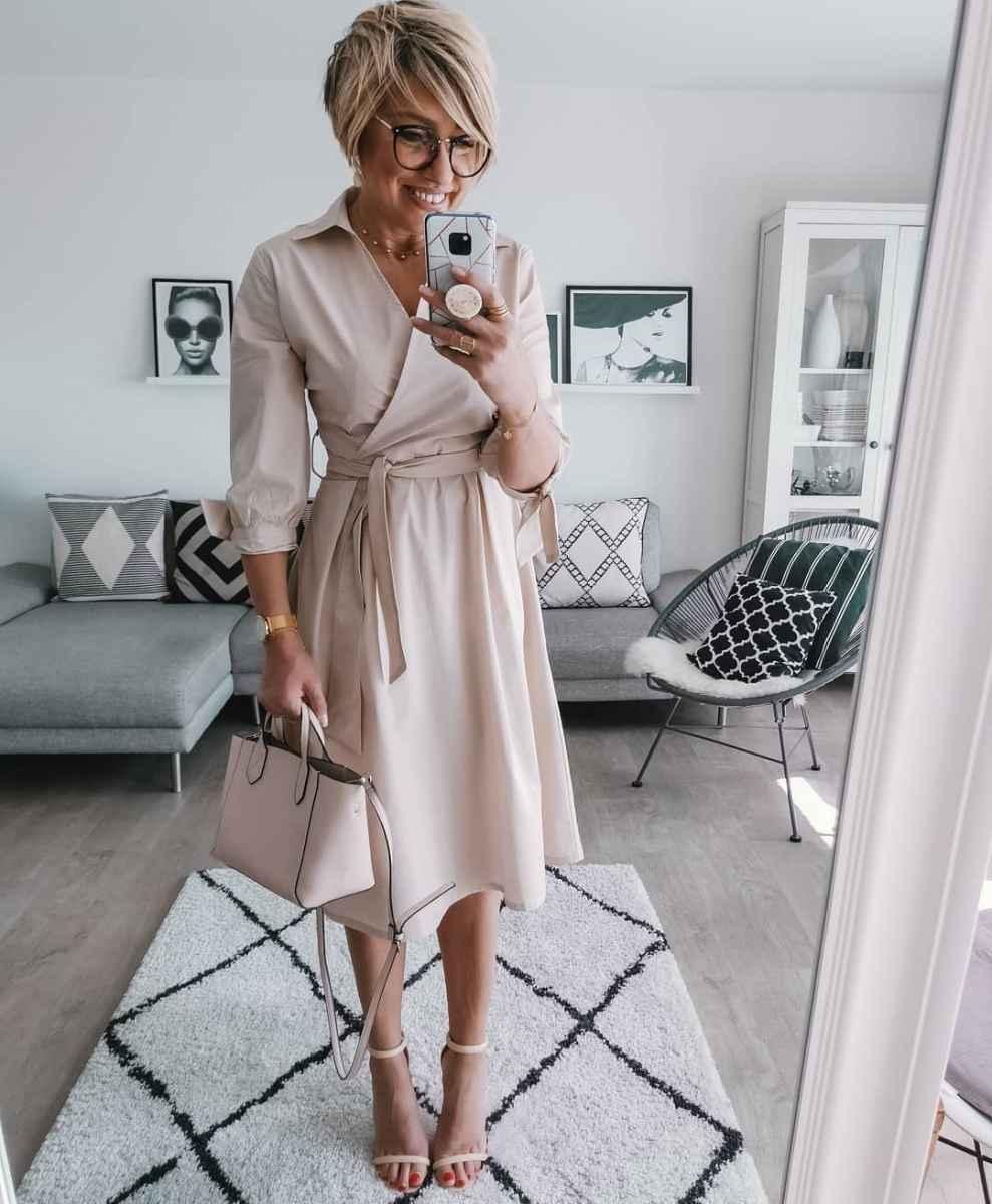 Модные платья для женщин 50 лет осень-зима 2019-2020 фото_1