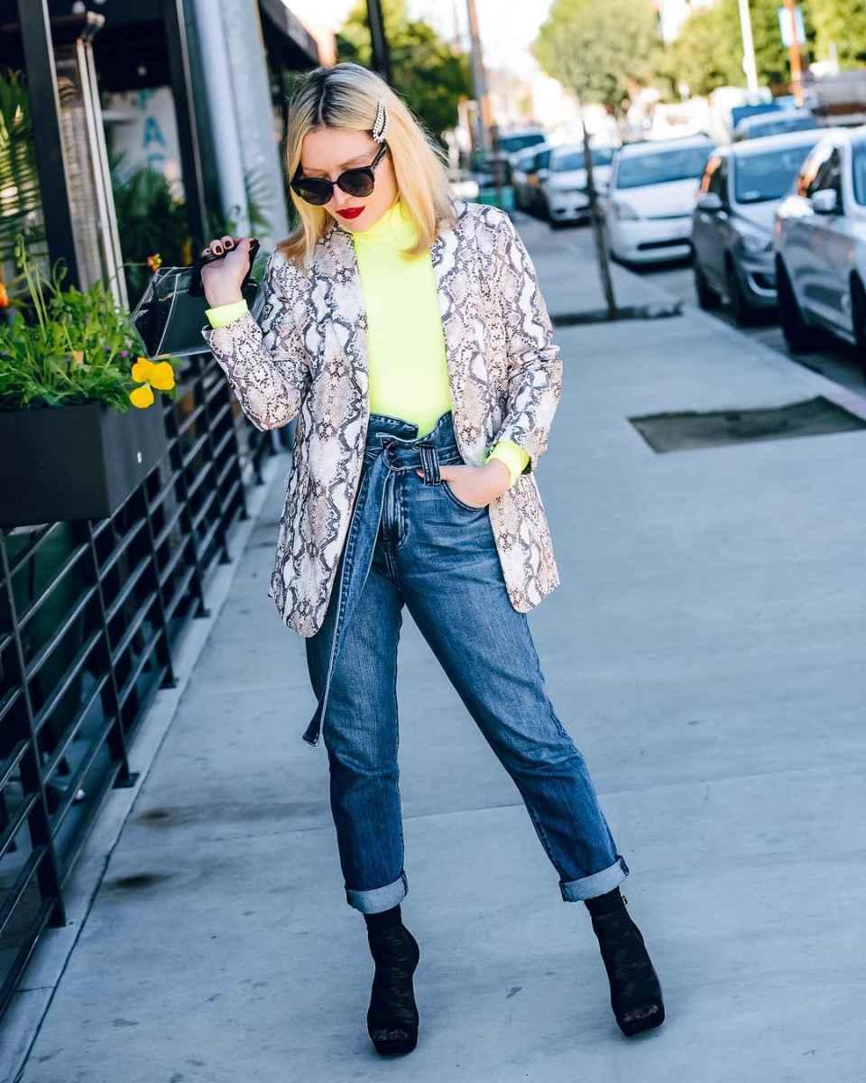 Модные джинсыосень-зима 2019-2020 для женщин 30-40 лет фото_4