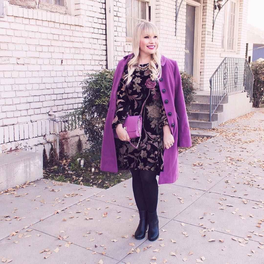 Модные платья для женщин 50 лет осень-зима 2019-2020 фото_53