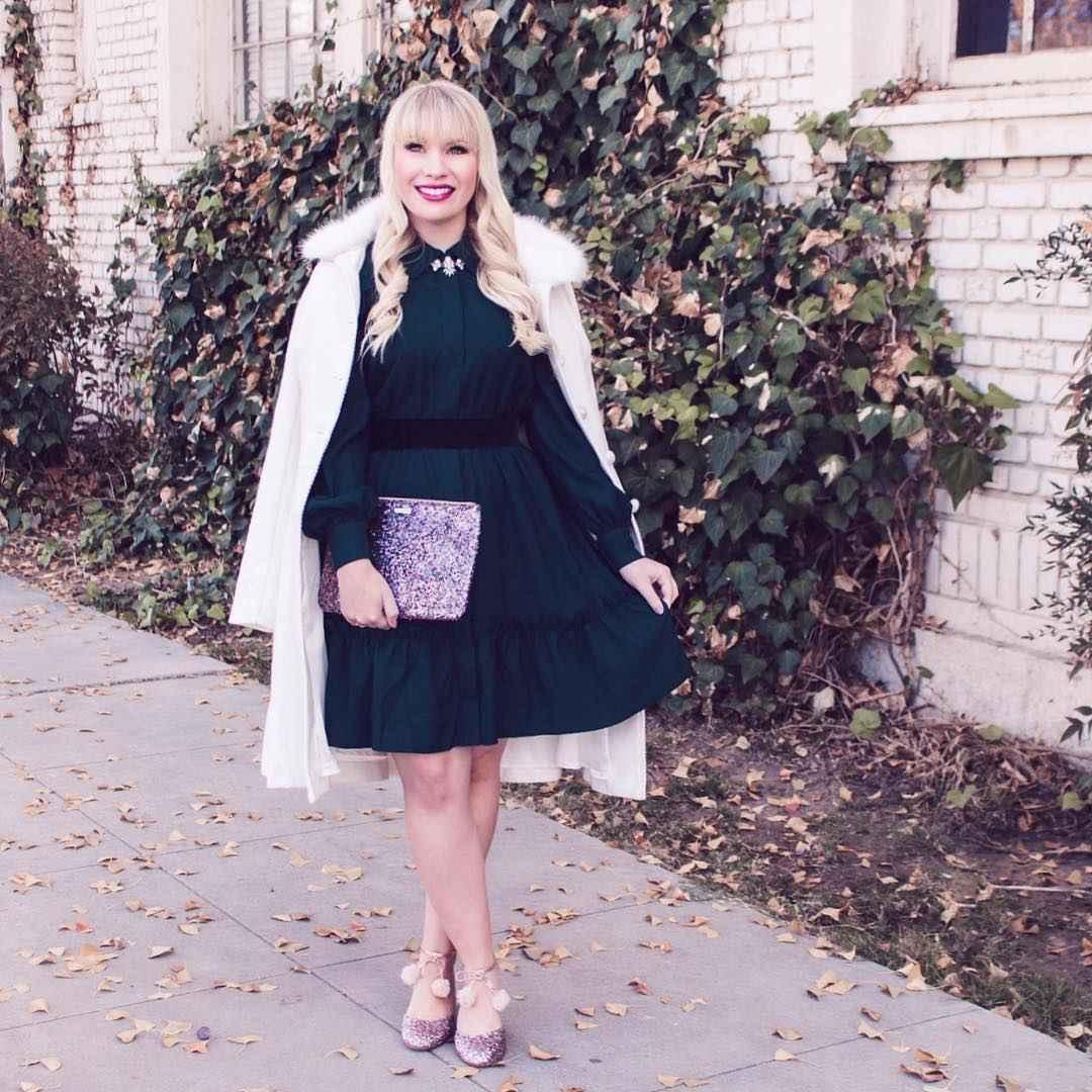 Модные платья для женщин 50 лет осень-зима 2019-2020 фото_52