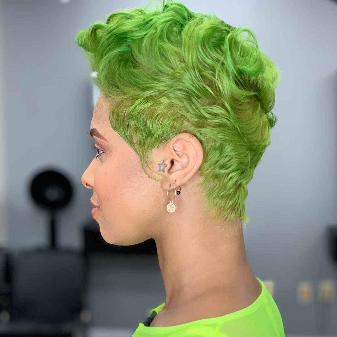 Цвет волос зеленый лайм
