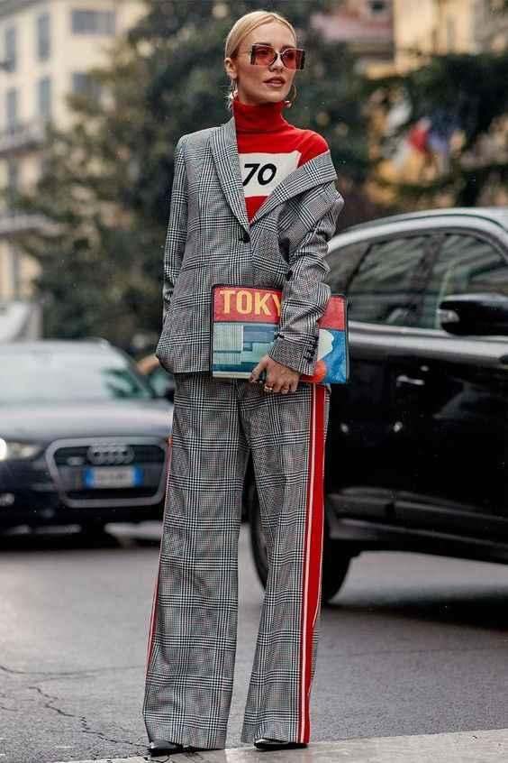 С чем носить брюки с лампасами фото_22
