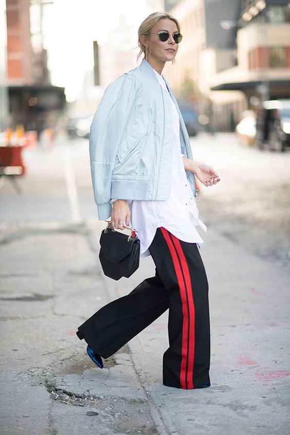 С чем носить брюки с лампасами фото_11