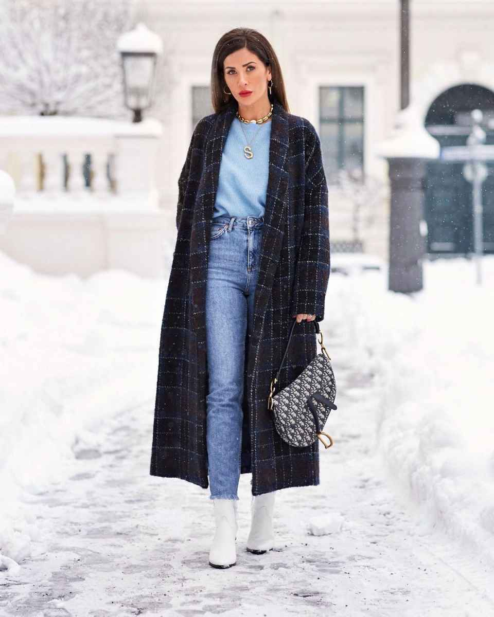 С чем носить серое пальто оверсайз фото идеи_6