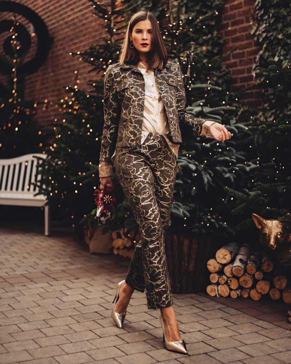 Модные женские луки осень-зима 2019-2020 фото_91