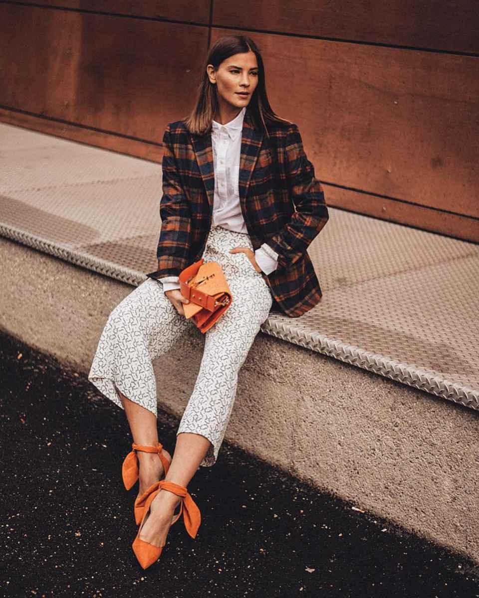 Модные женские луки осень-зима 2019-2020 фото_86