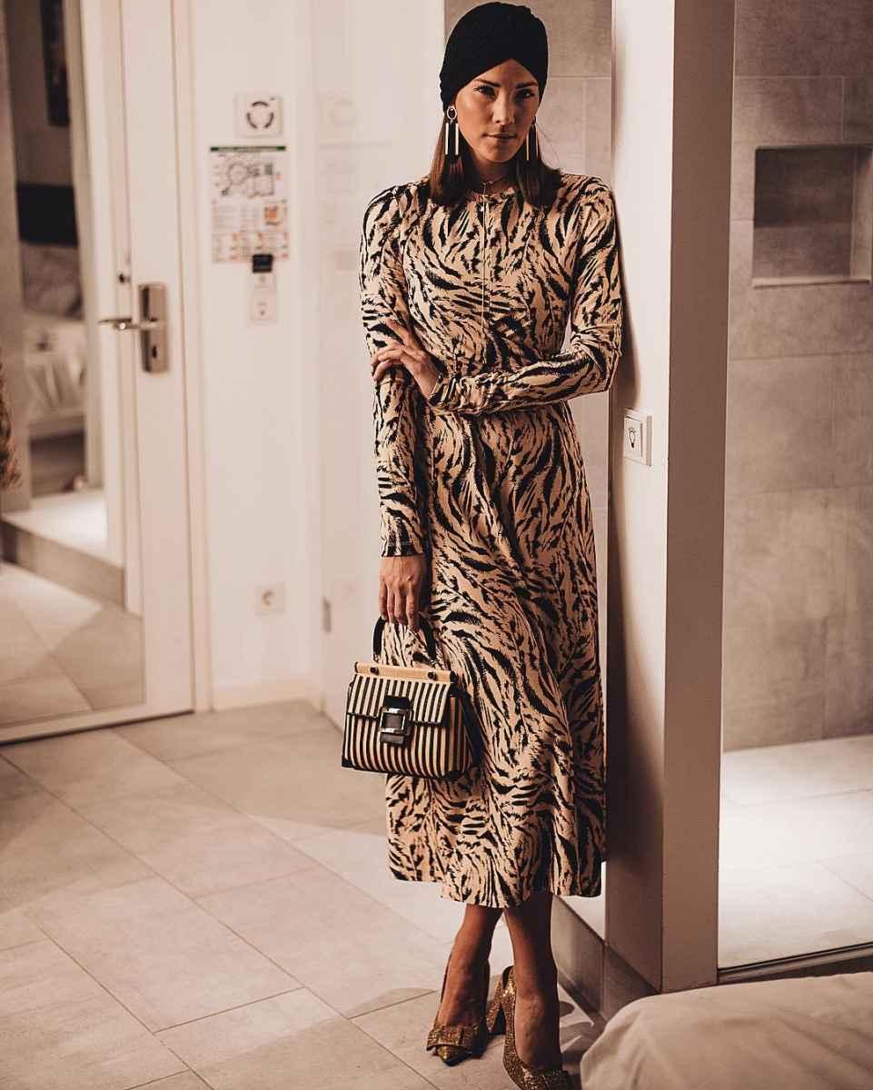 Модные женские луки осень-зима 2019-2020 фото_85