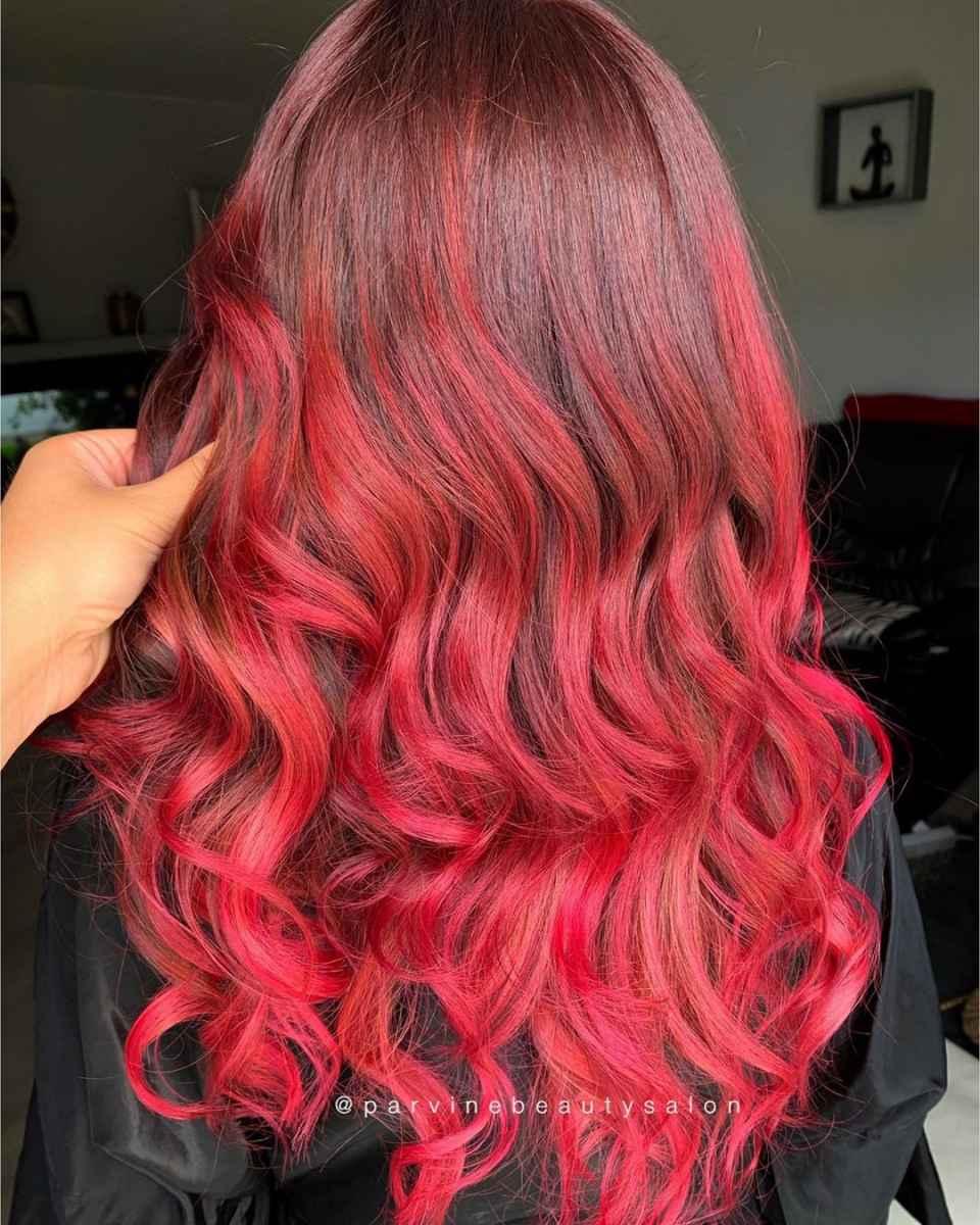 Красное омбре на волосах фото_15
