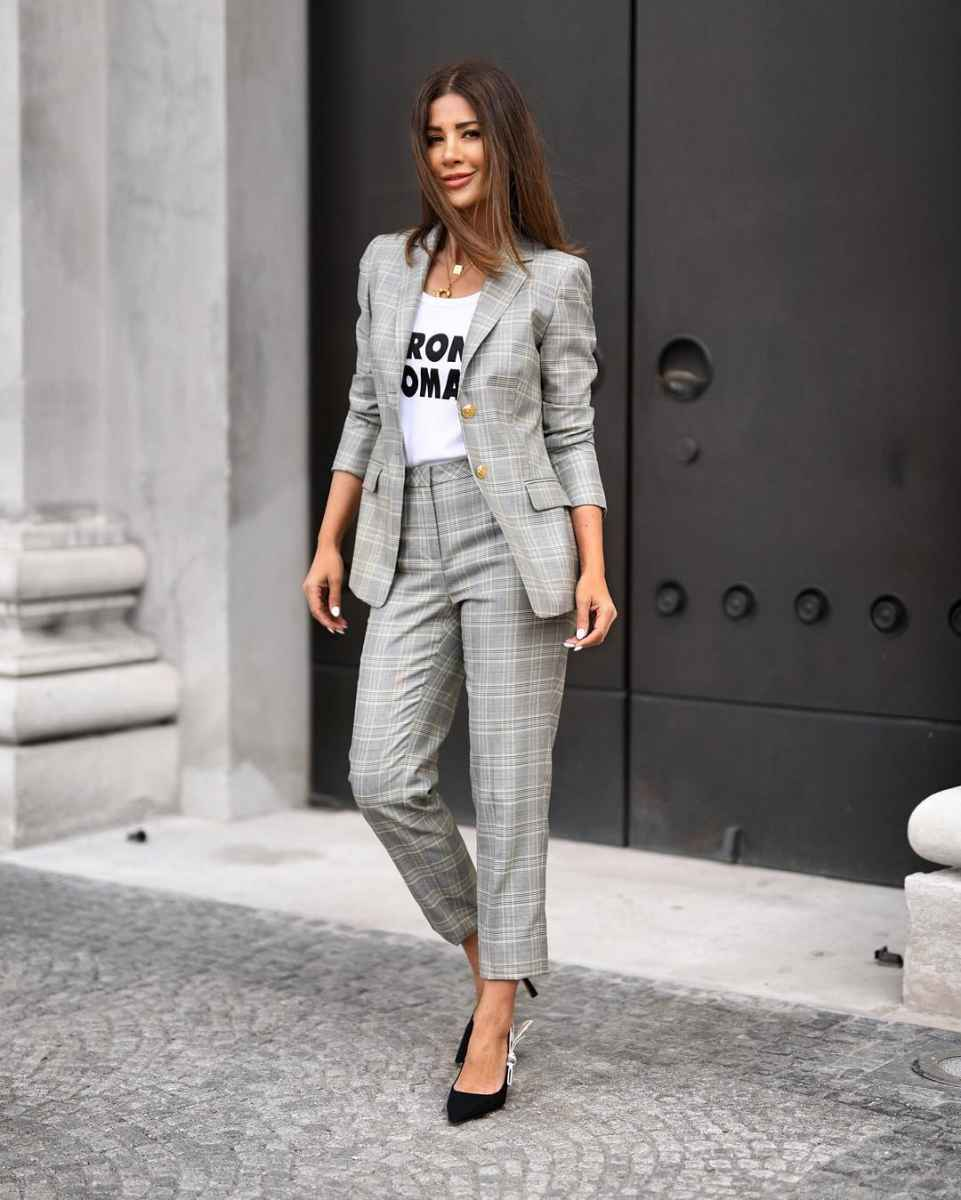 Модные луки для собеседования на работу женщине фото_27