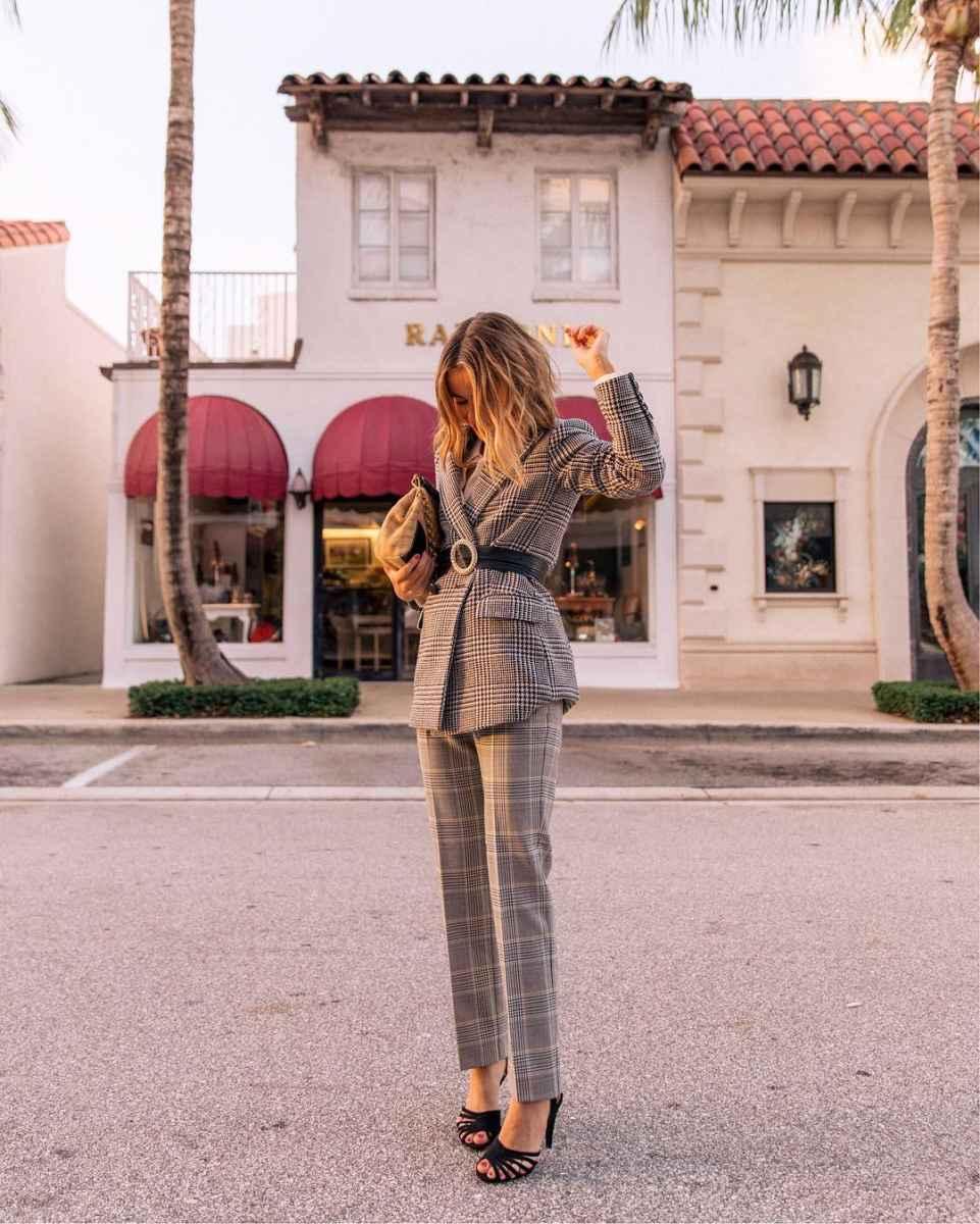 Модные луки для собеседования на работу женщине фото_164