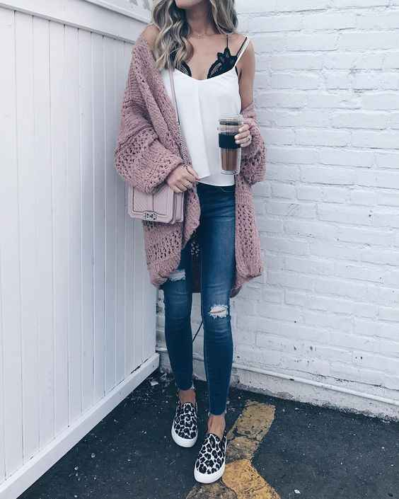 С чем носить розовый кардиган фото_6