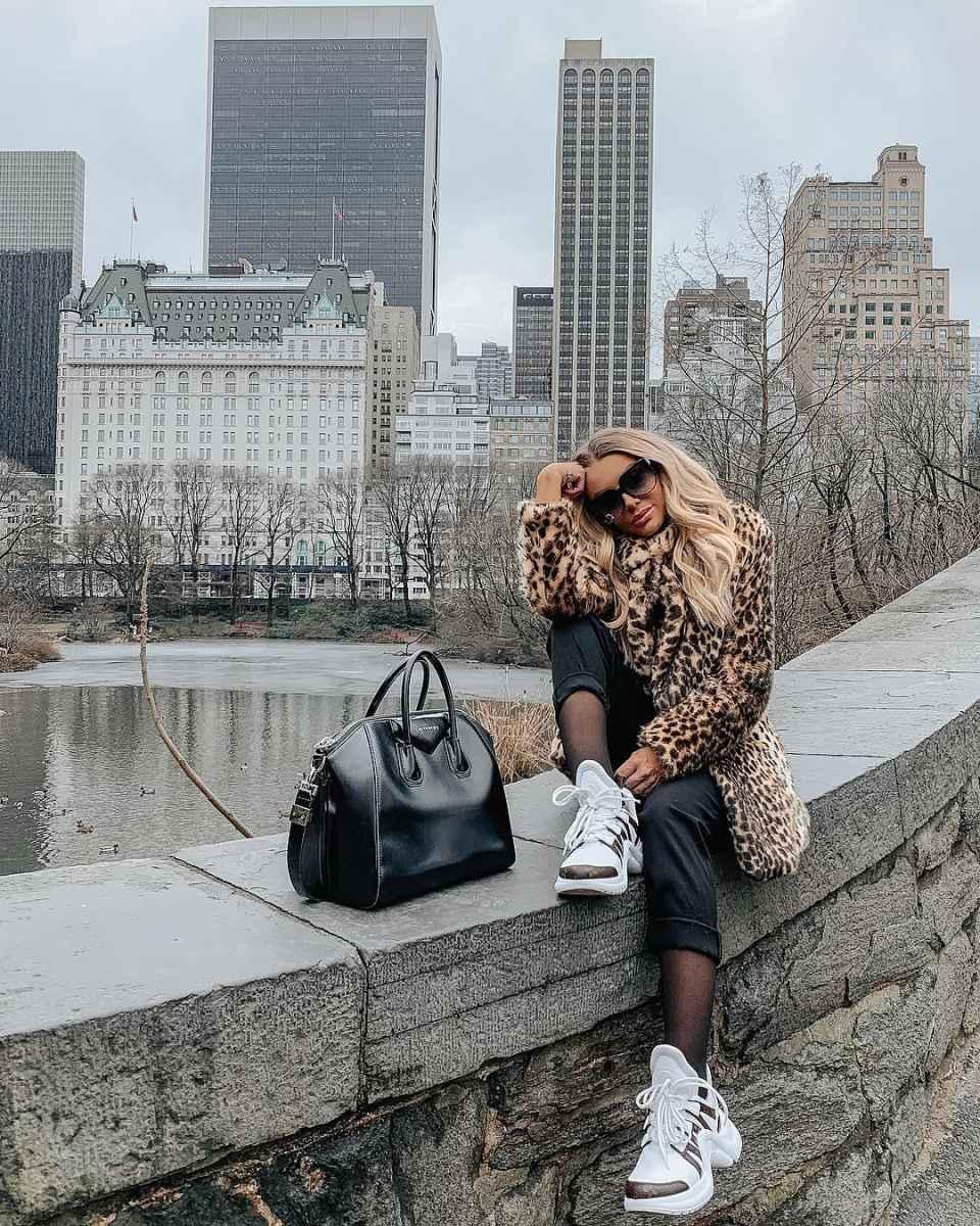 С чем носить зимние женские кроссовки фото идеи_9
