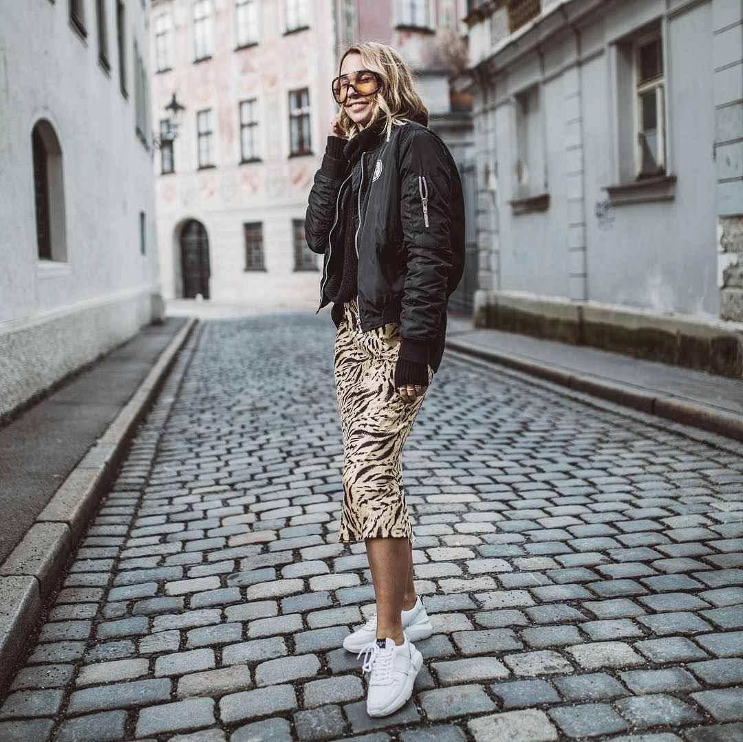 С чем носить зимние женские кроссовки фото идеи_5