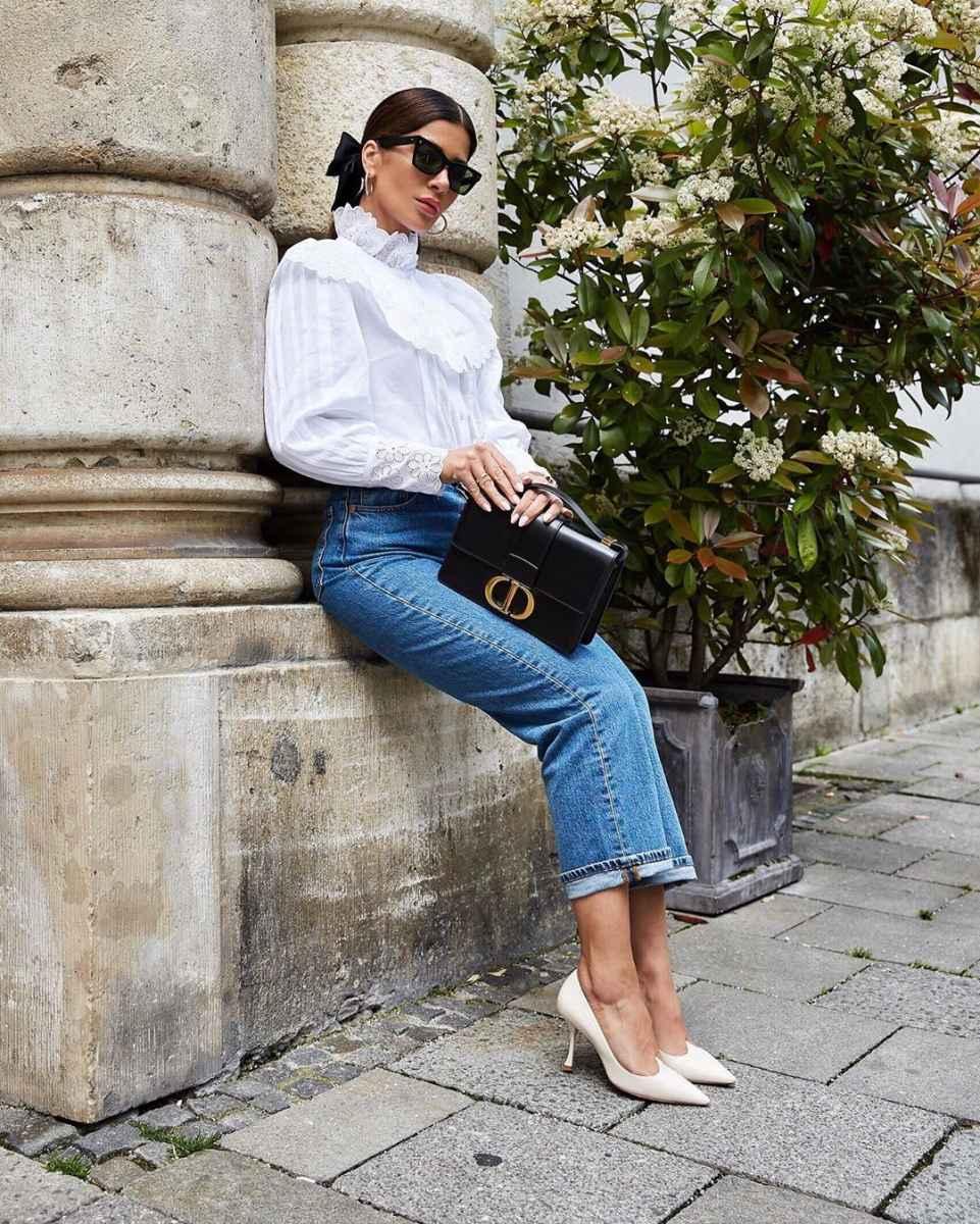 С чем носить джинсы женщинам после 40 фото_19