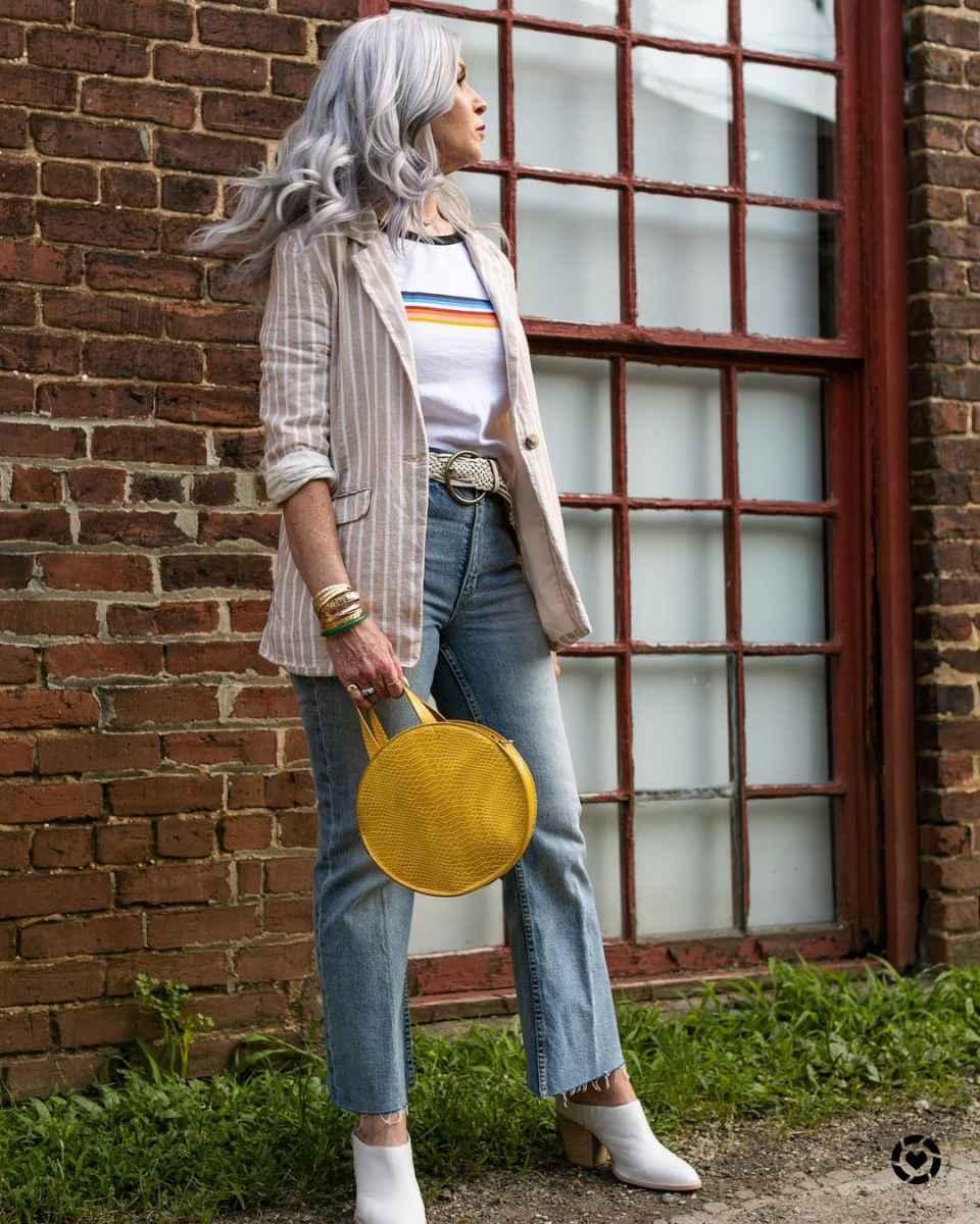 С чем носить джинсы женщинам после 40 фото_7