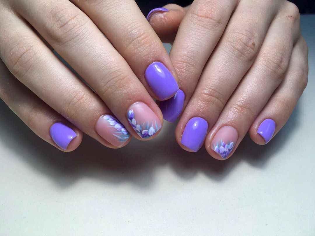 Фиолетовый френч на короткие ногти фото_1