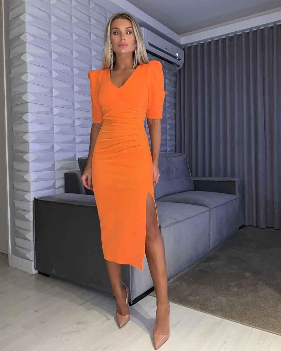 Базовый гардероб для женщины 30 лет фото_32