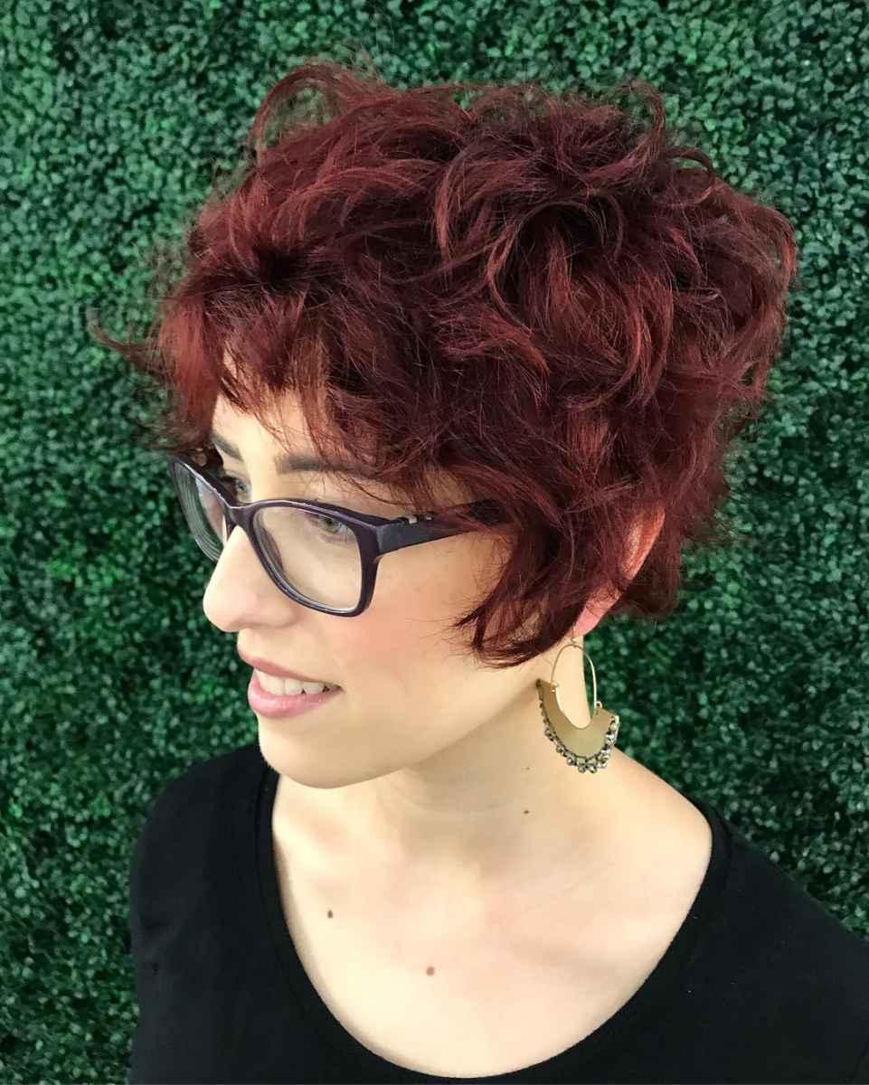 Стрижка пикси на кудрявые и волнистые волосы фото_22