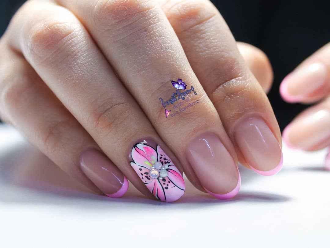 Нежно-розовый френч фото_54