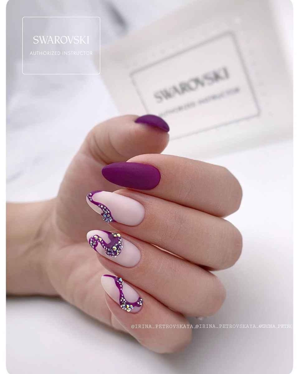Фиолетовый френч со стразами фото_9
