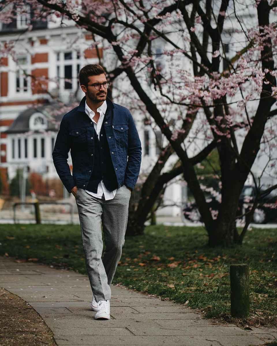 С чем носить джинсовую куртку мужчинам фото_13