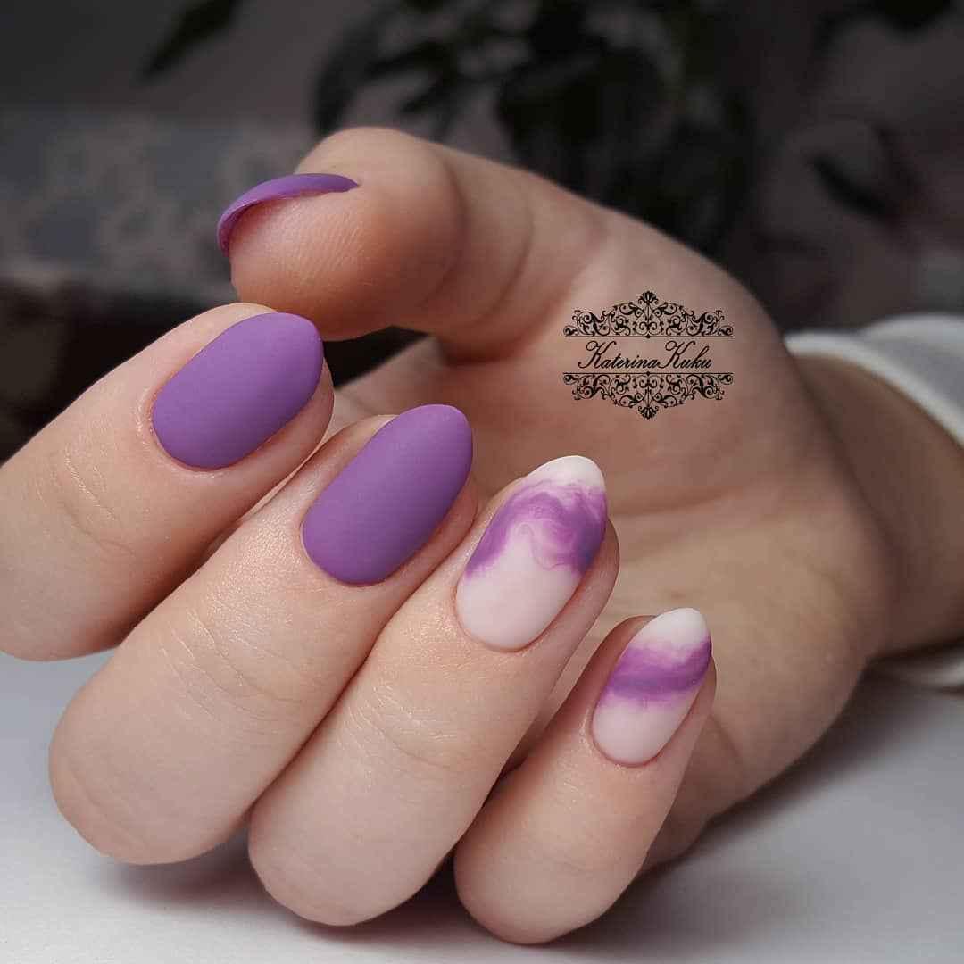 Фиолетовый френч на короткие ногти фото_2