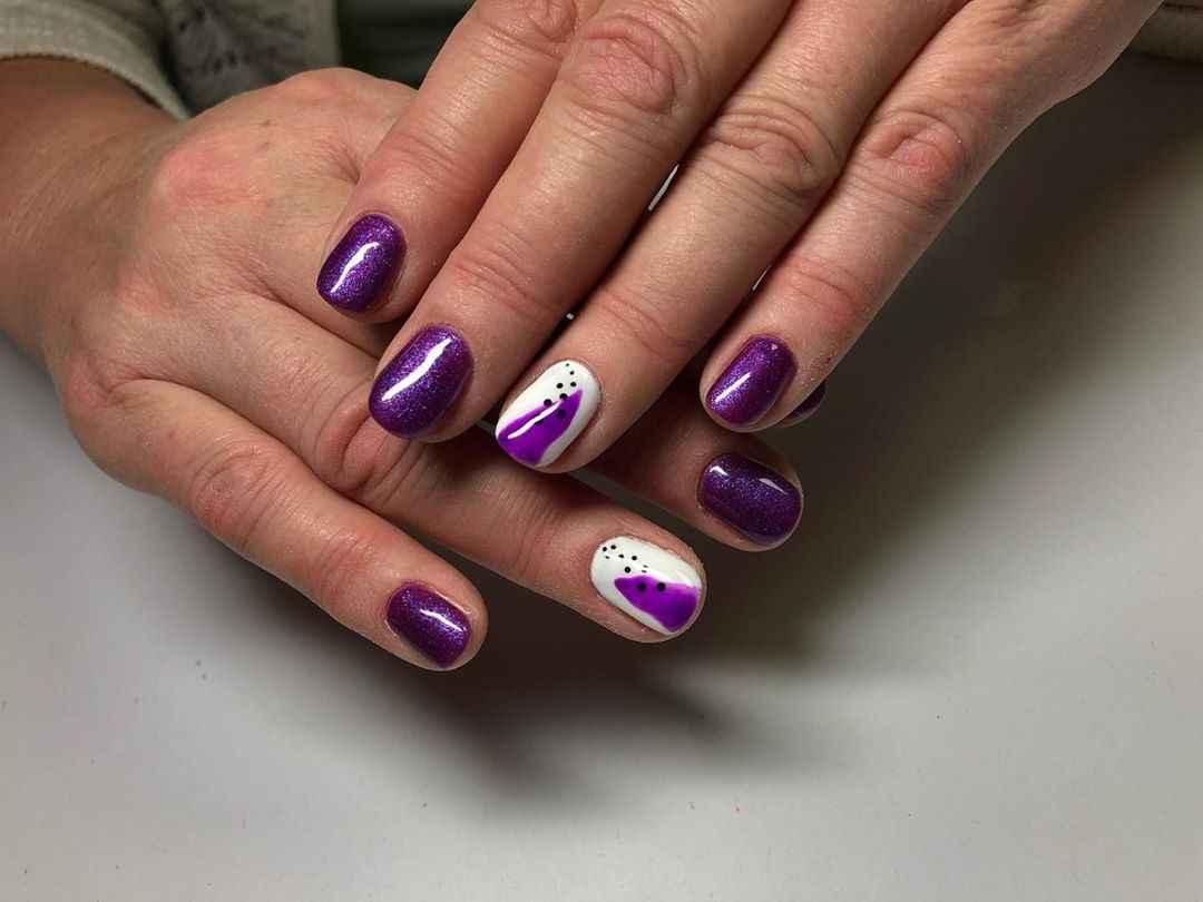 Фиолетовый френч на короткие ногти фото_5