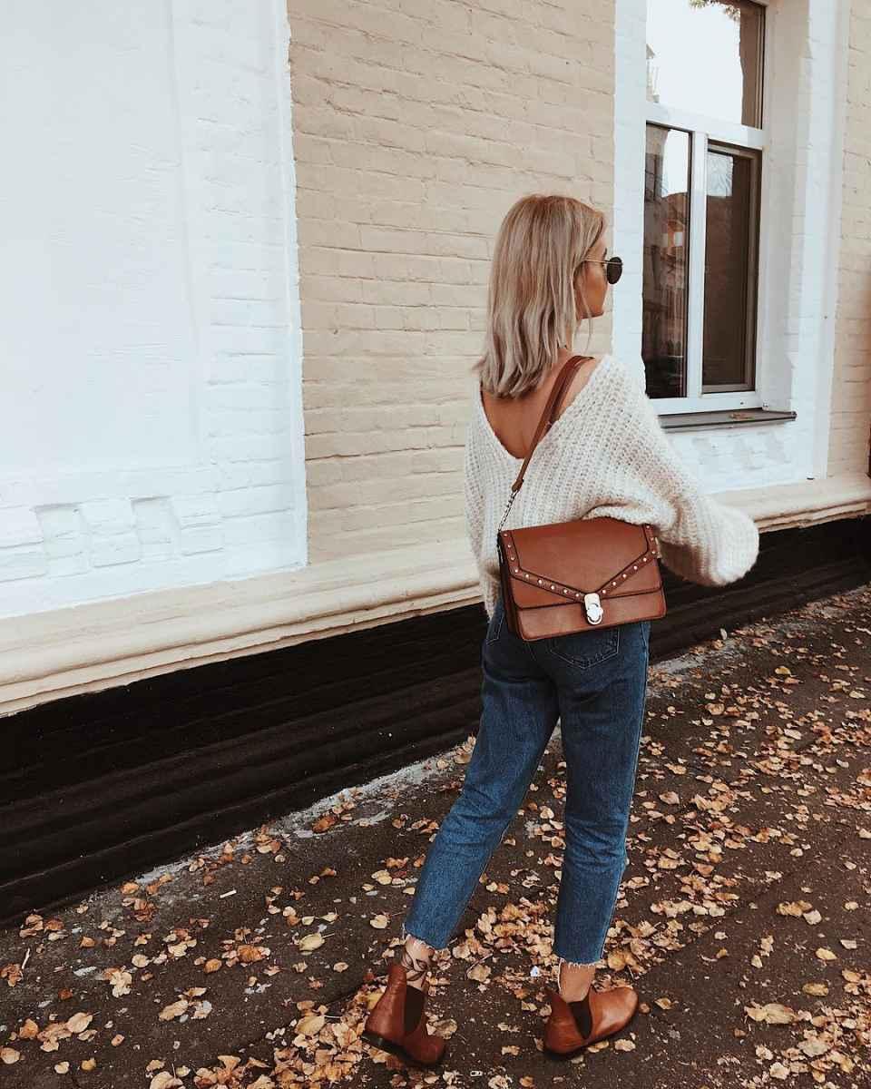 С чем носить коричневую сумку фото_70