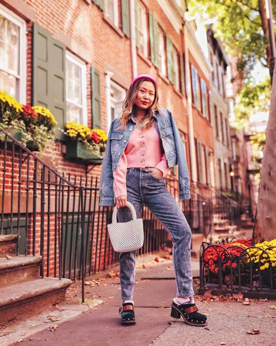С чем носить розовый кардиган фото_10
