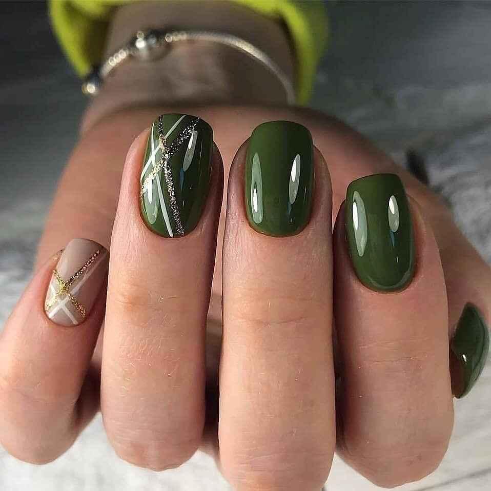 Зеленый френч на ногтях фото_29