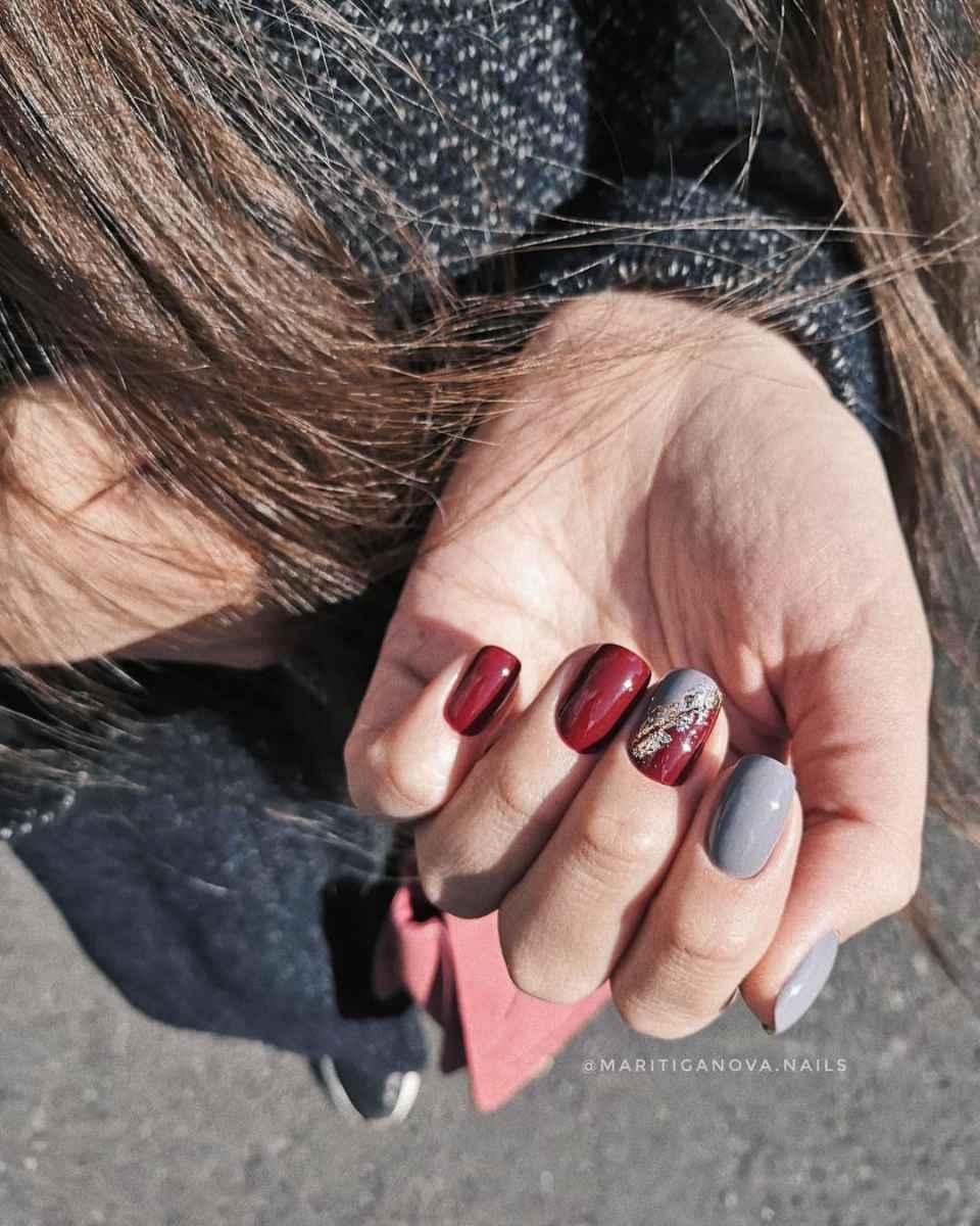 Френч с фольгой на ногтях фото_52