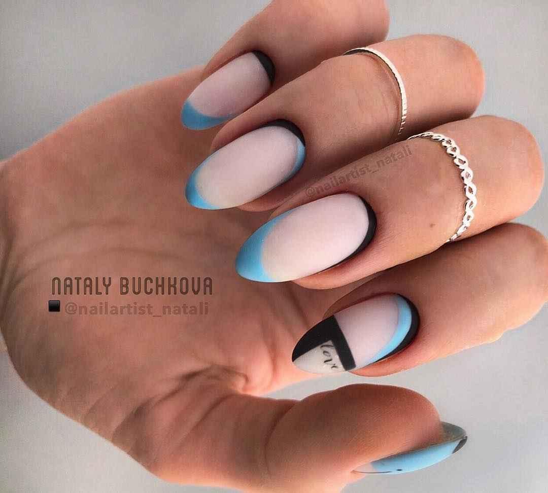 Необычный френч на ногтях фото_51