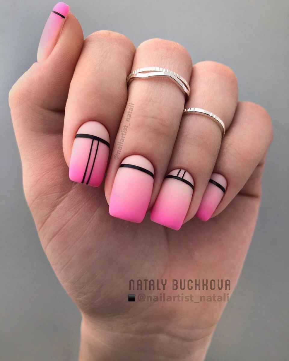 Необычный френч на ногтях фото_48
