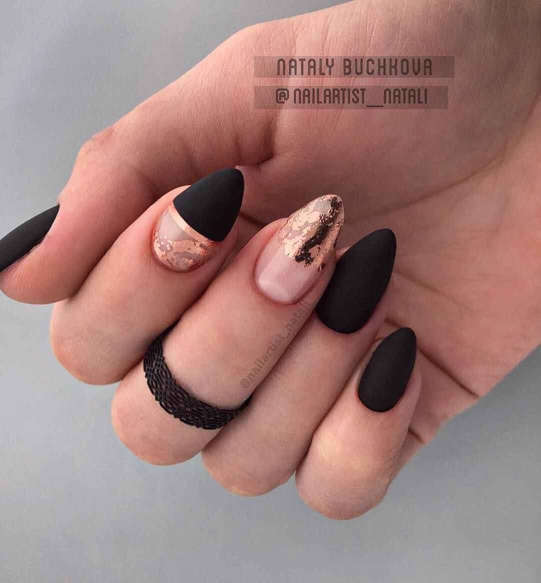 Необычный френч на ногтях фото_43