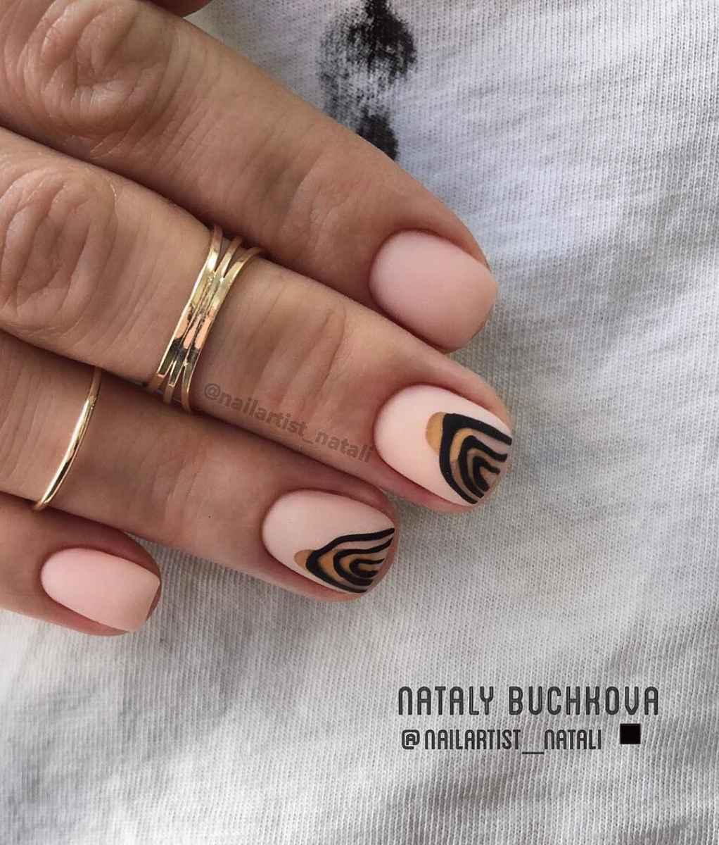 Необычный френч на ногтях фото_40