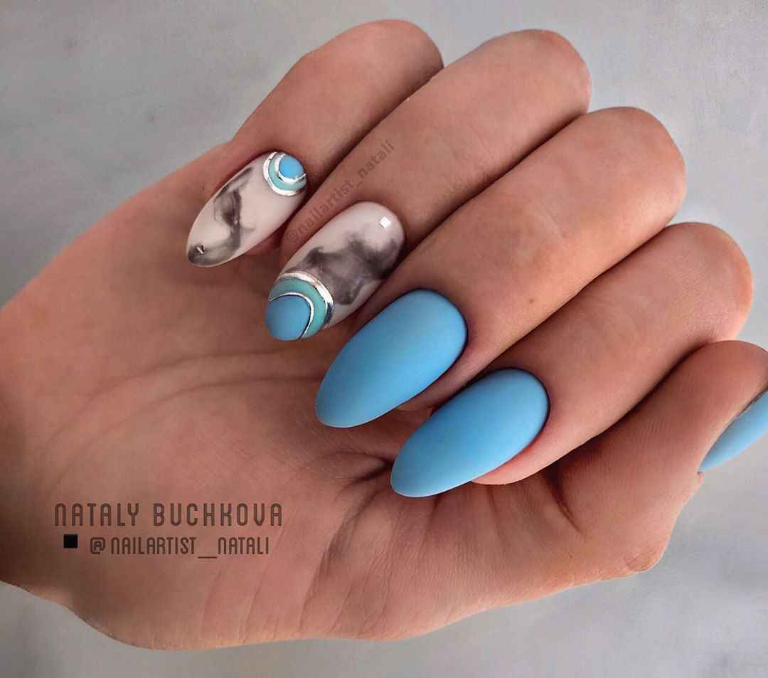 Необычный френч на ногтях фото_36