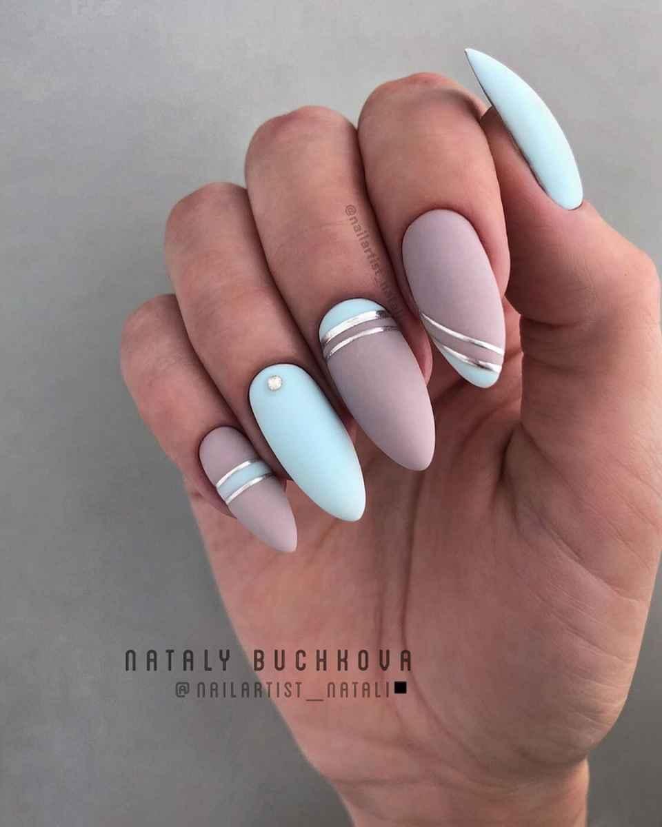 Необычный френч на ногтях фото_32