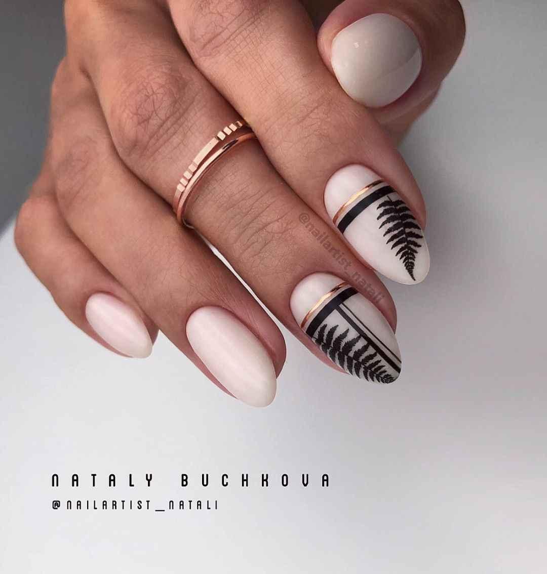 Необычный френч на ногтях фото_31