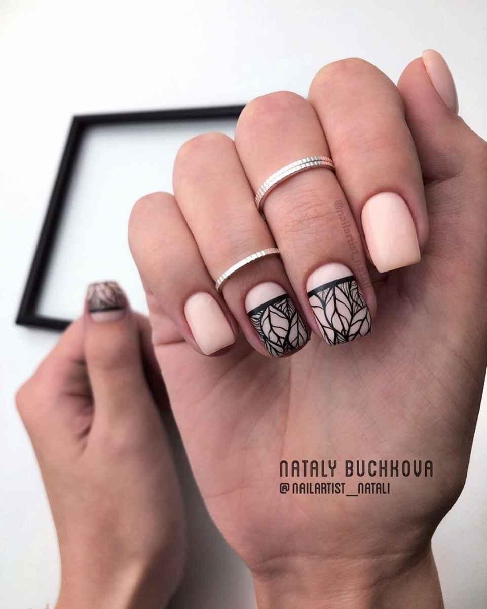 Необычный френч на ногтях фото_29