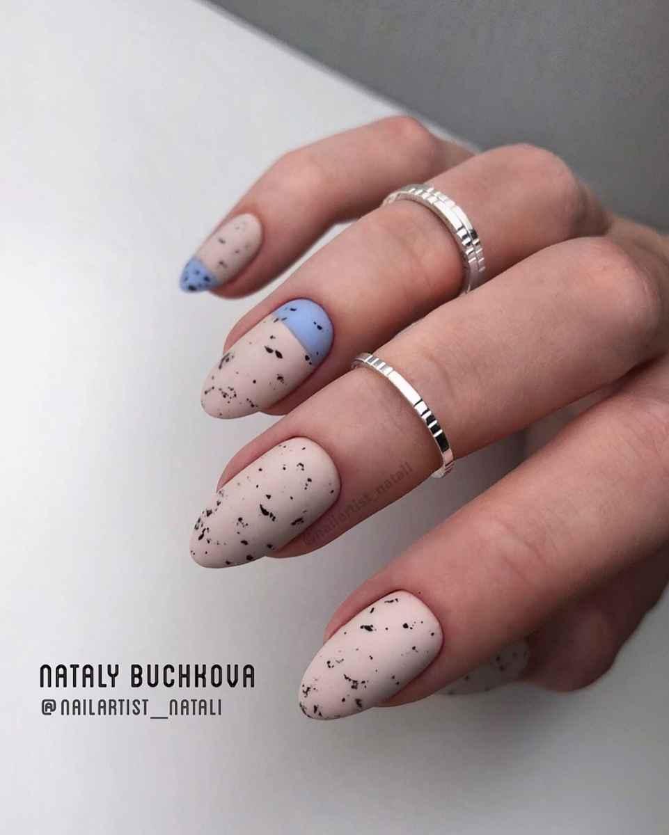 Необычный френч на ногтях фото_25