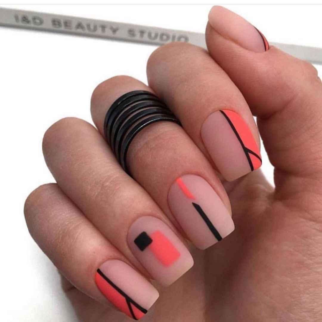 Необычный френч на ногтях фото_66